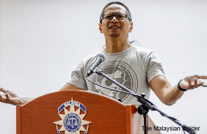 A-G drops sedition charge against Azmi Sharom