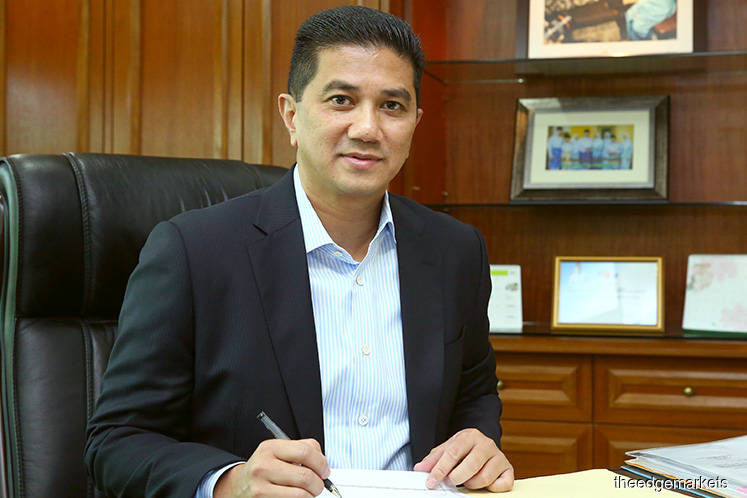 Azmin: Oil royalty to be given in cash payment form