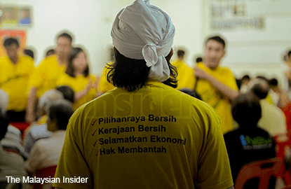 Bersih gets to challenge ban on yellow clothing, 'Bersih 4' words