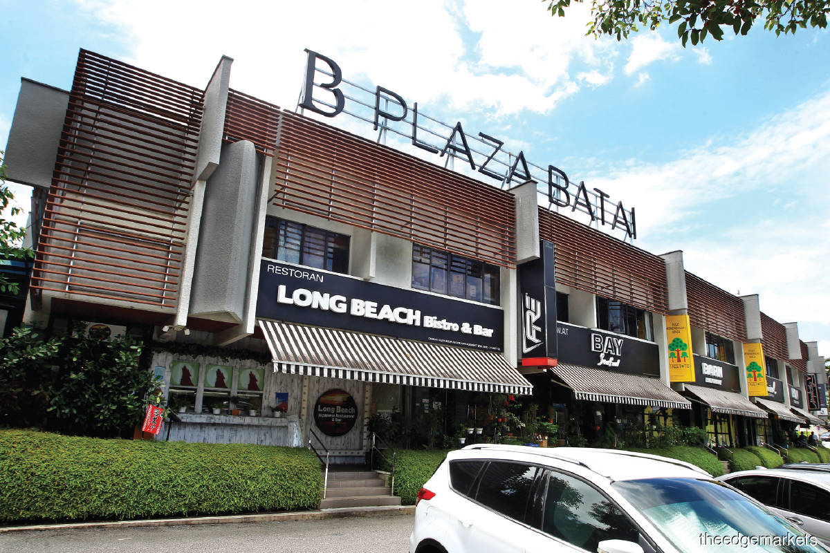 Plaza Batai is a boutique commercial centre comprising 16 units of two-storey terraced shoplots along Jalan Batai. (Photo by Patrick Goh/The Edge)