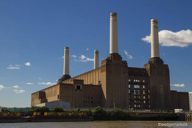 Battersea Power Station Phase 2 and 3 delayed