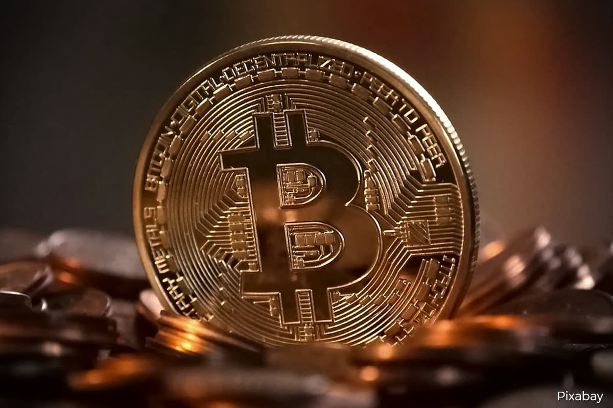 Bitcoin drops below US$30,000 level as head-turning rally stalls