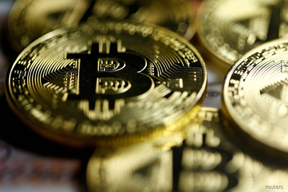 Bitcoin's wild weekends turn efficient market theory inside out