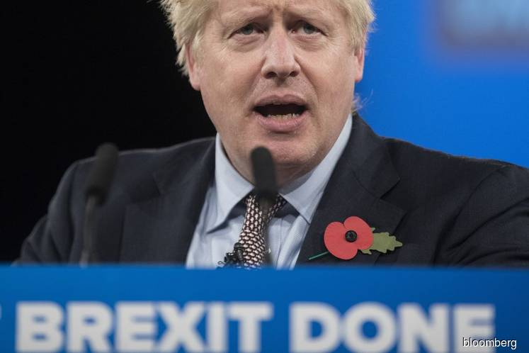 Electric Cars and Floods Stall Johnson's U.K. Election Drive