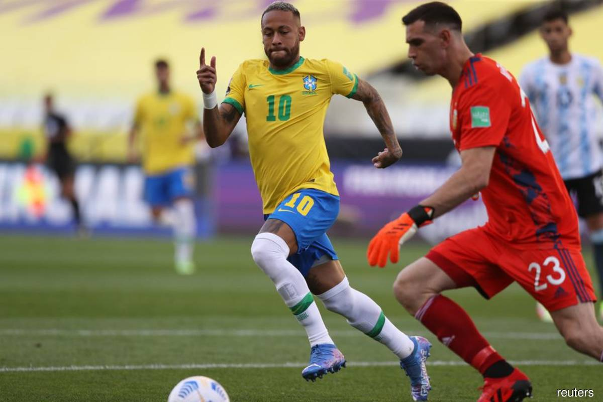 FIFA chief says Brazil game abandonment was 'crazy'