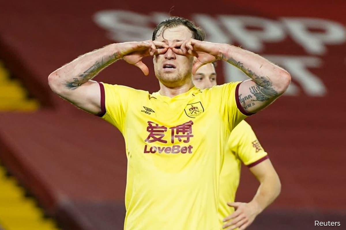 Burnley stun Liverpool to end unbeaten home record