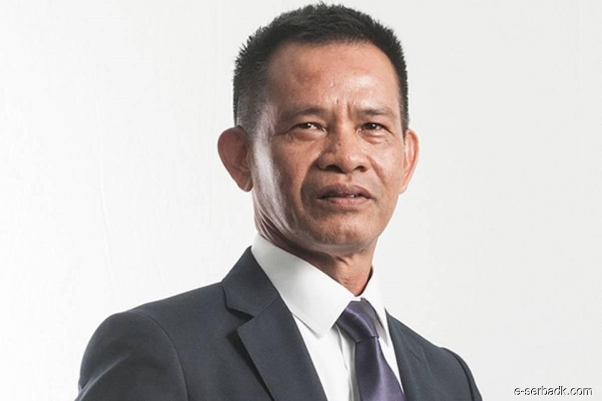 Datuk Awang Daud Awang Putera