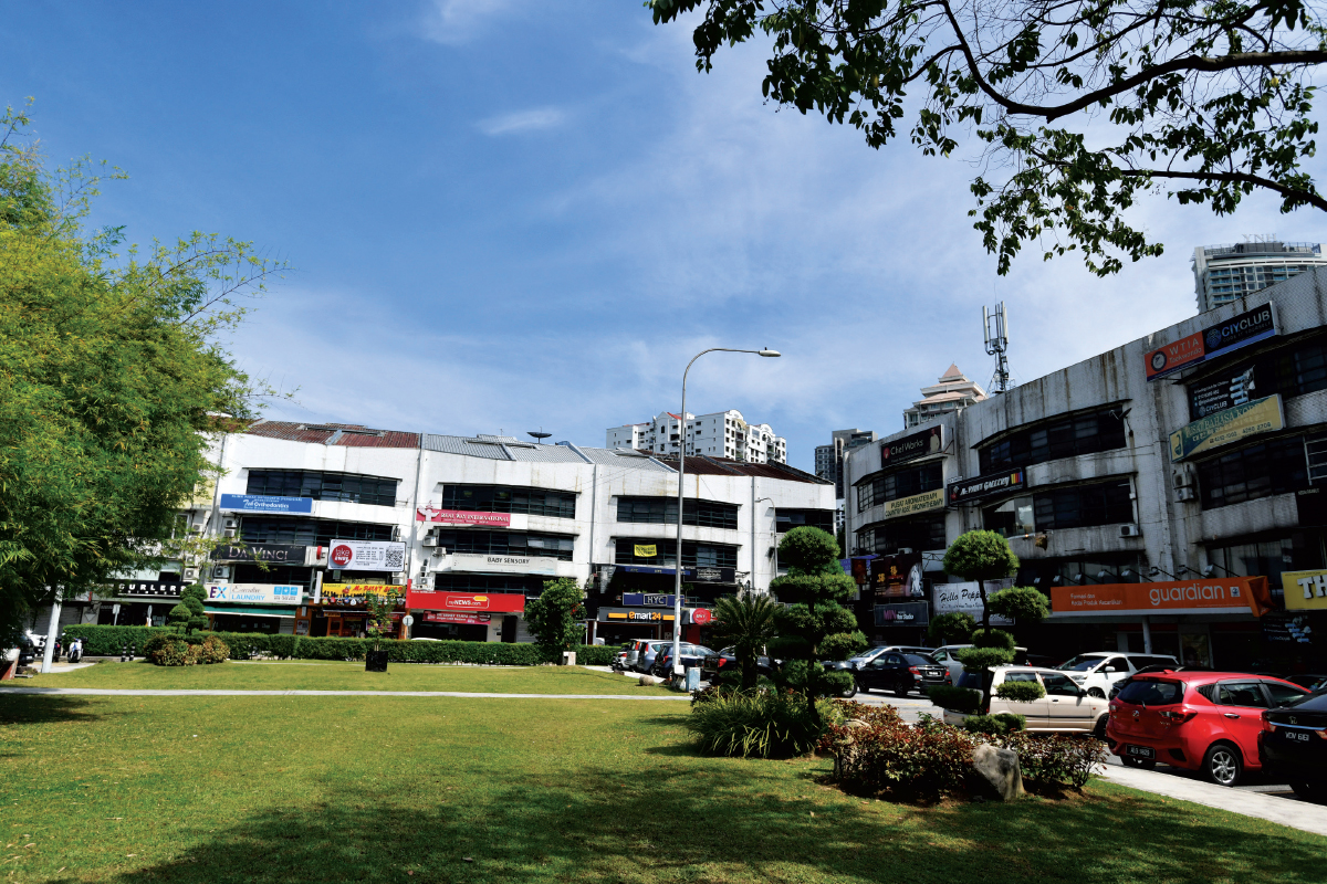 The 4-storey shopoffices have an average gross yield of 4% to 5% (Photo by Sam Fong/The Edge)