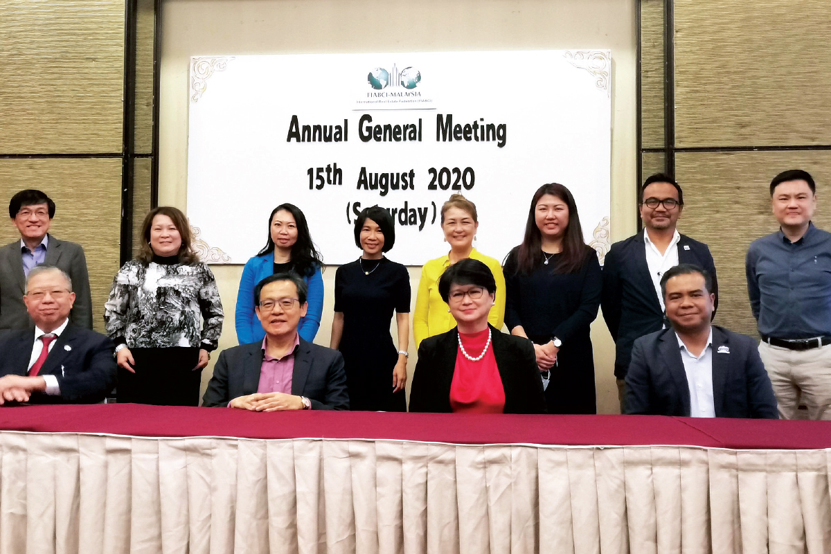 Koe (seated, second from left) at Fiabci Malaysia's AGM last year, where he was elected president (Photo by Fiabci Malaysia)