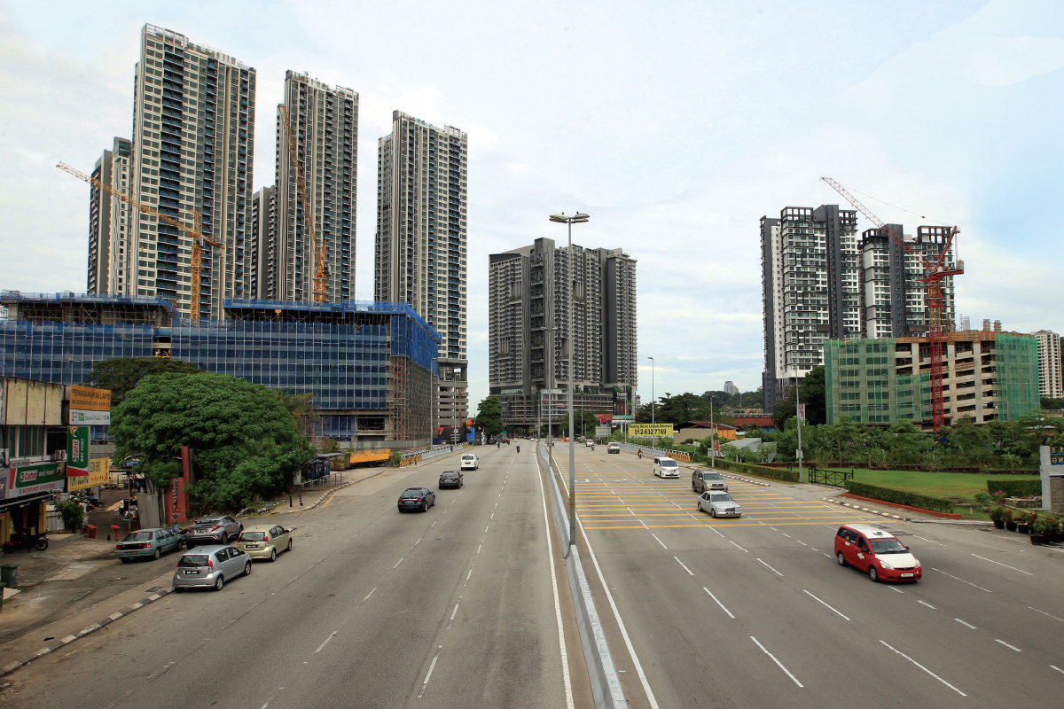 The area abutting Old Klang Road is strategically located between Kuala Lumpur and Petaling Jaya, with easy access to  numerous amenities (Photo by Mohd Shahrin Yahya/The Edge)