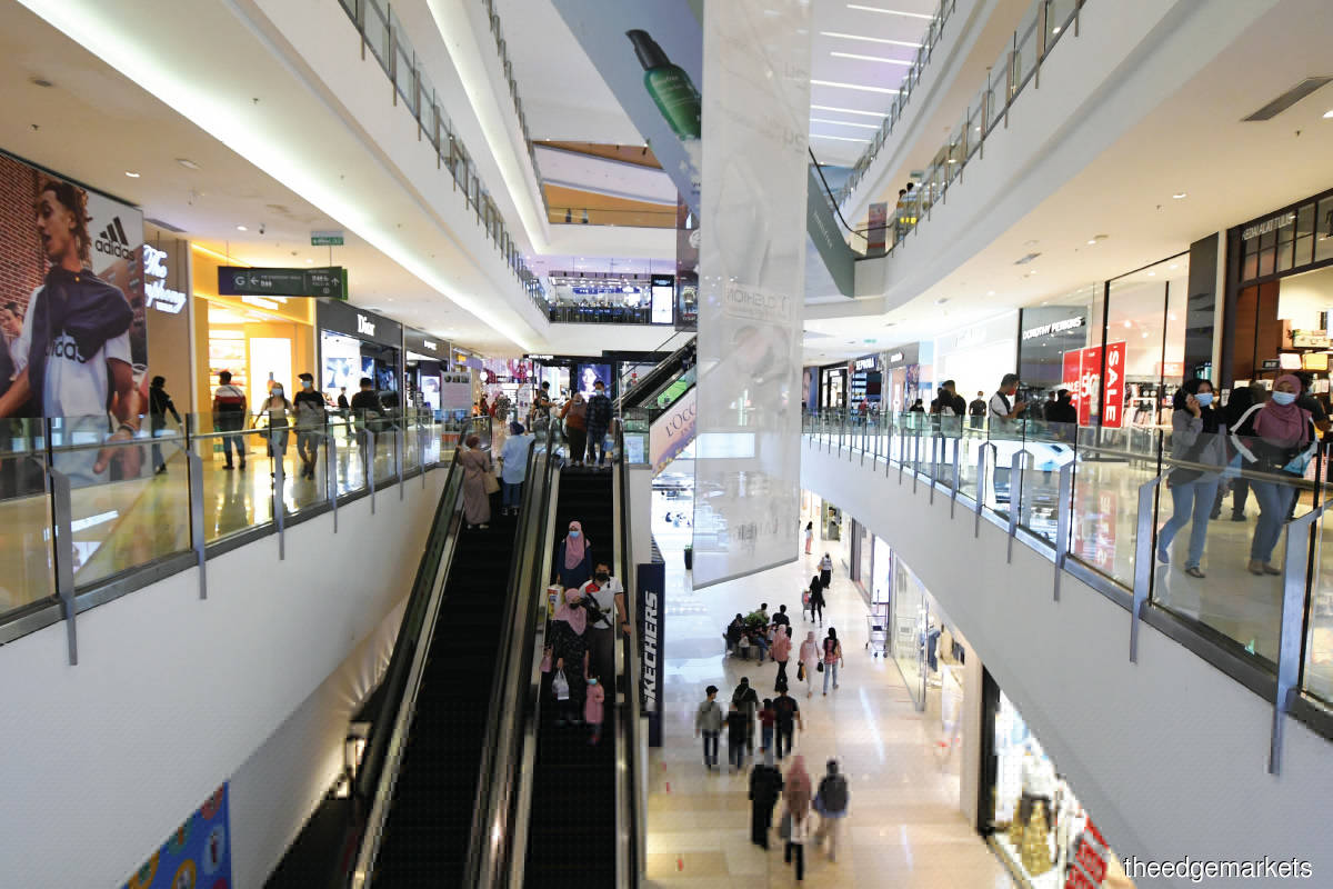 More retail closures expected once movement restrictions lifted