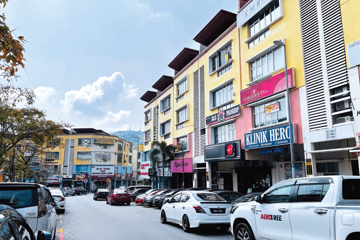 Jalan Wangsa Delima 10, 11, 12 and 13 have a mix of 3- and 4-storey shopoffices (Photo by Chung Ying Yi/The Edge)