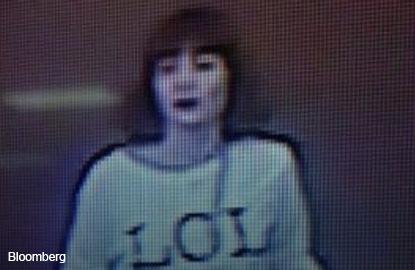 Police hunt women suspected of poisoning Kim Jong Un's brother at klia2