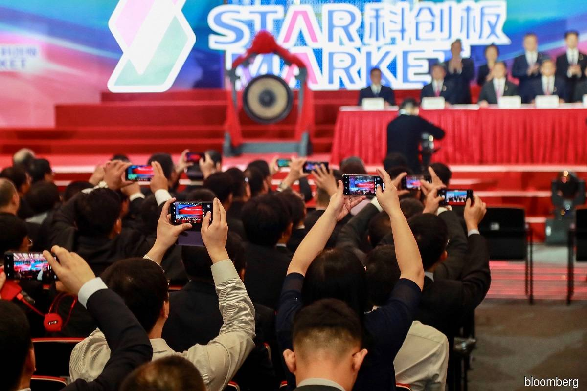 China weighs tighter rules for STAR board IPOs, curbing fintech