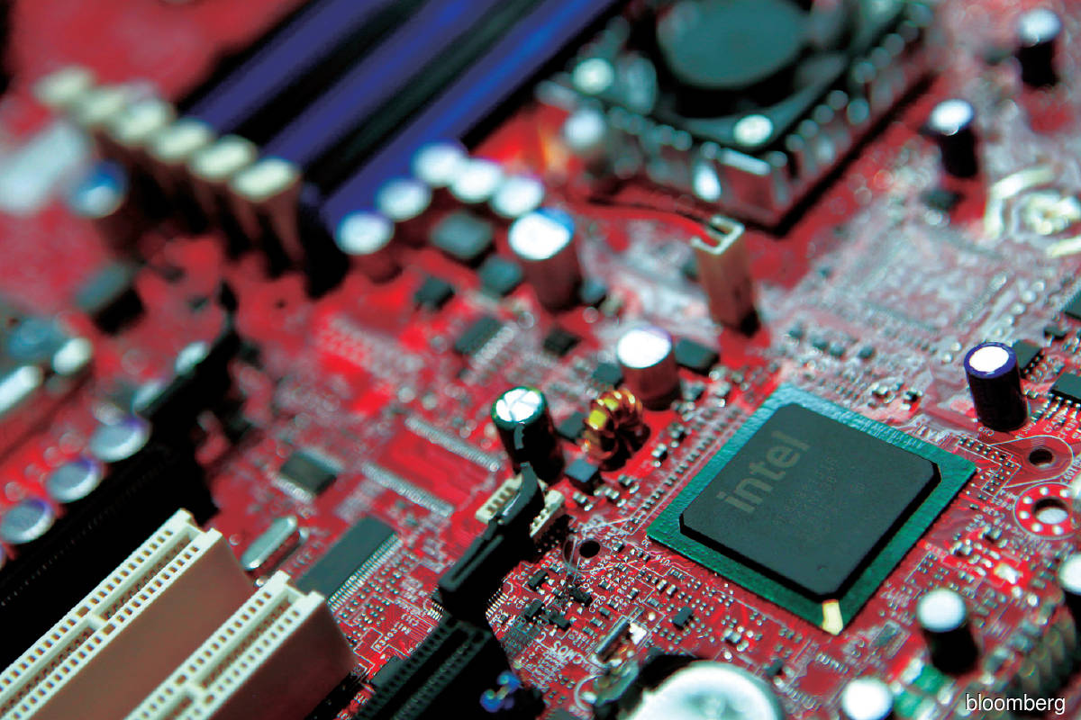 Although the chipmaking giants such as Intel are doing all they can to alleviate the worldwide chip shortage, tight supplies are expected to continue at least until next year