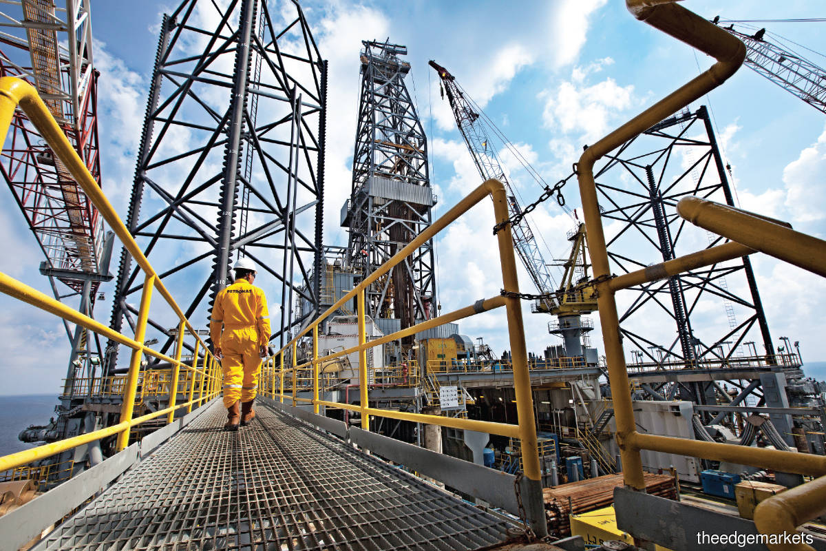 Cover Story:  Uncertain outlook for oil and gas
