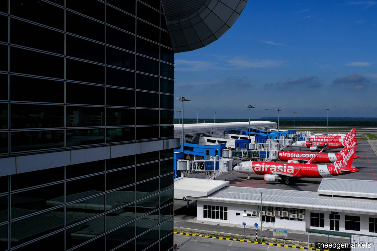 Cover Story: Investing in AirAsia? Keep your seatbelt on, say analysts
