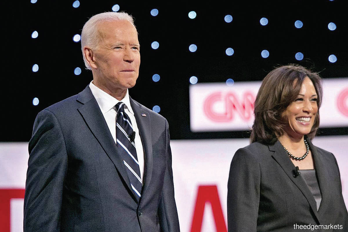 Biden with running mate and  vice president-elect Kamala Harris. (Photo by Bloomberg)
