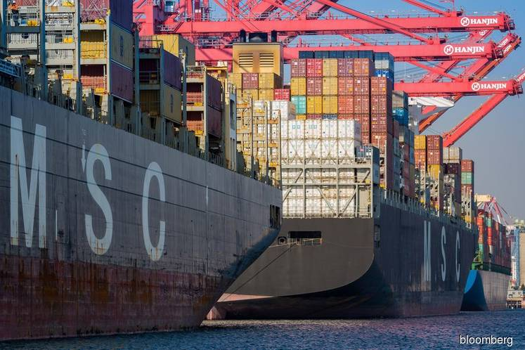 Cosco clears US hurdle on Orient Overseas deal
