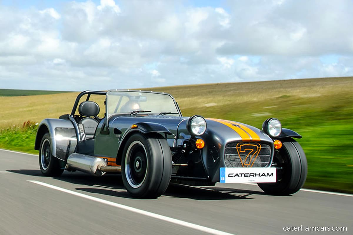 Tony Fernandes, Kamarudin Meranun sell Caterham Cars to Japanese buyer