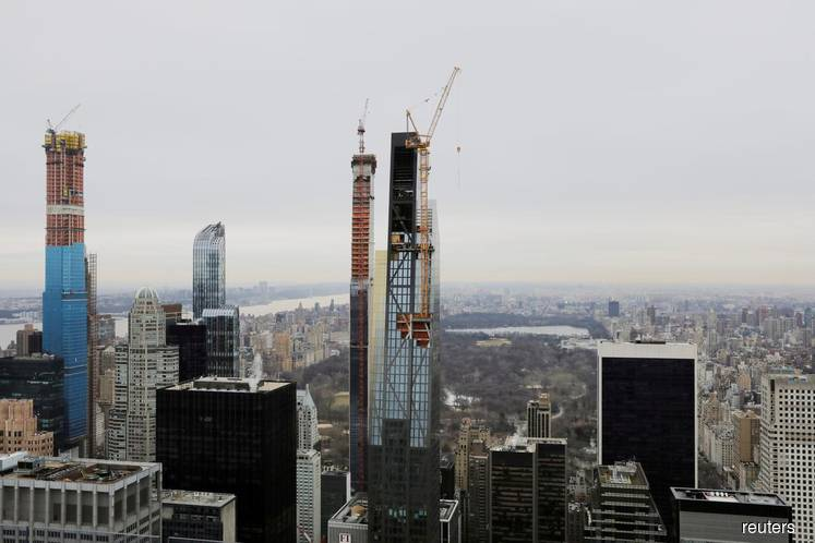 Billionaires' Row Condos Get Price Hikes Even in Glutted Market