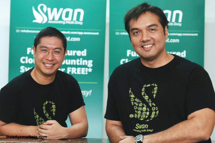 Chan (left) and Reza (Photo by Mohd Suhaimi Mohamed Yusuf/The Edge)