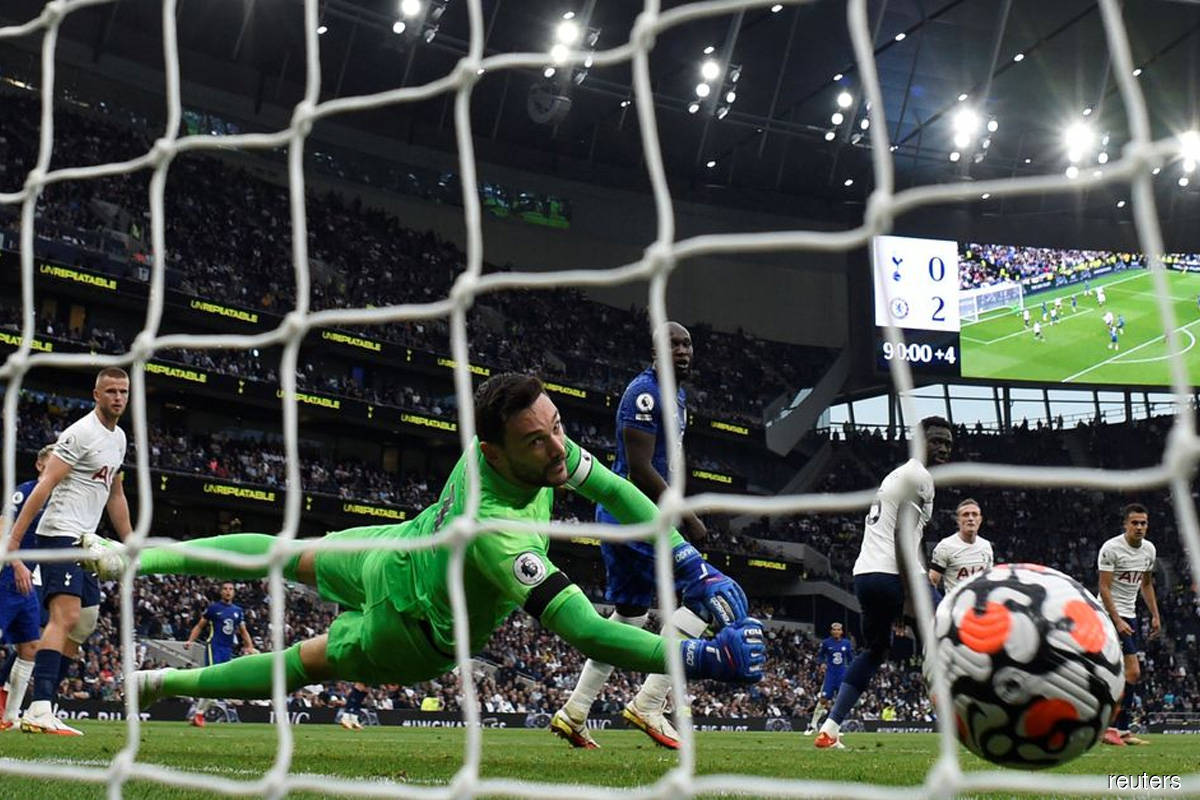 Chelsea thrash Spurs as Greaves death overshadows action