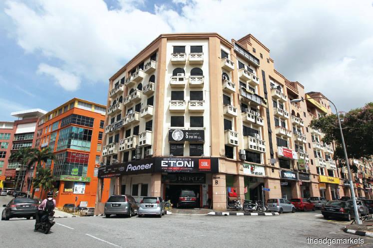 Streetscapes: Jalan Kaskas in Cheras still bustling