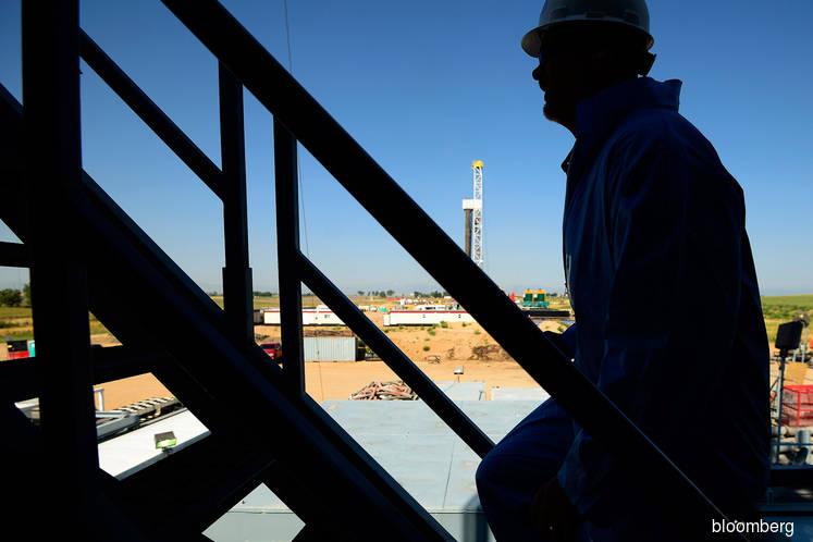 Chevron buys Anadarko in US$33 bil bet on shale oil, LNG