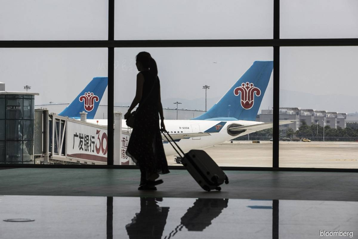 China airline sets record with US$2.4b convertible bond