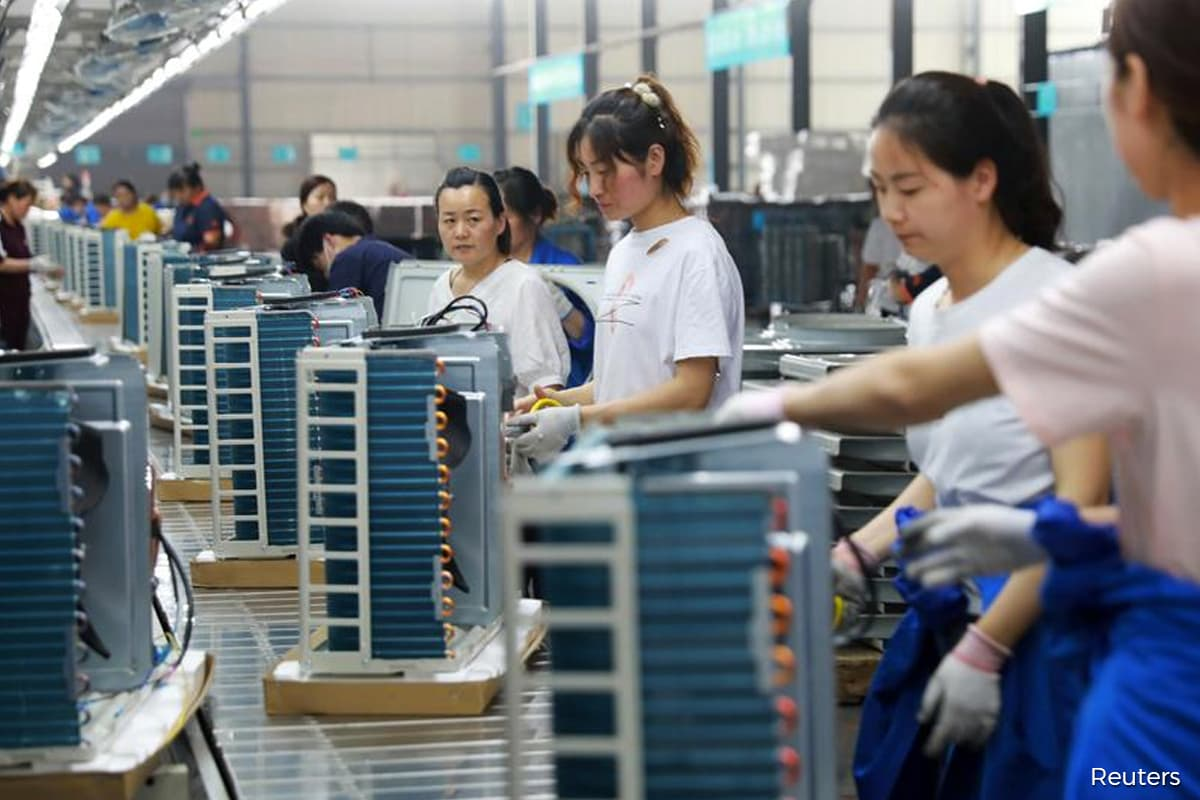 China factory inflation soars to 2008 high on commodity boom