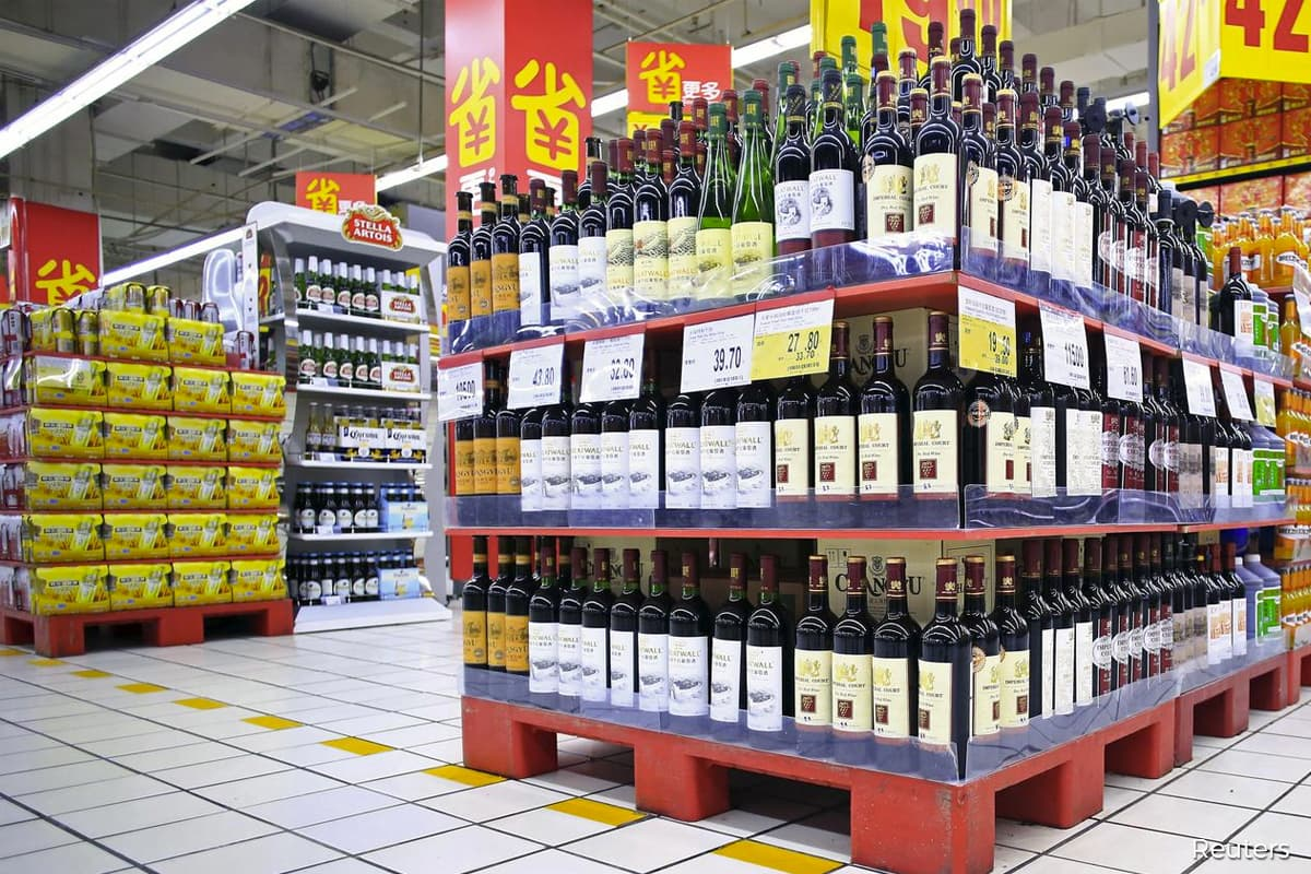 China launches anti-dumping probe into wine imports from Australia