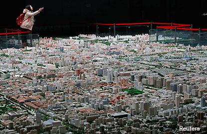 Ballooning property bubble biggest risk for China: Nomura