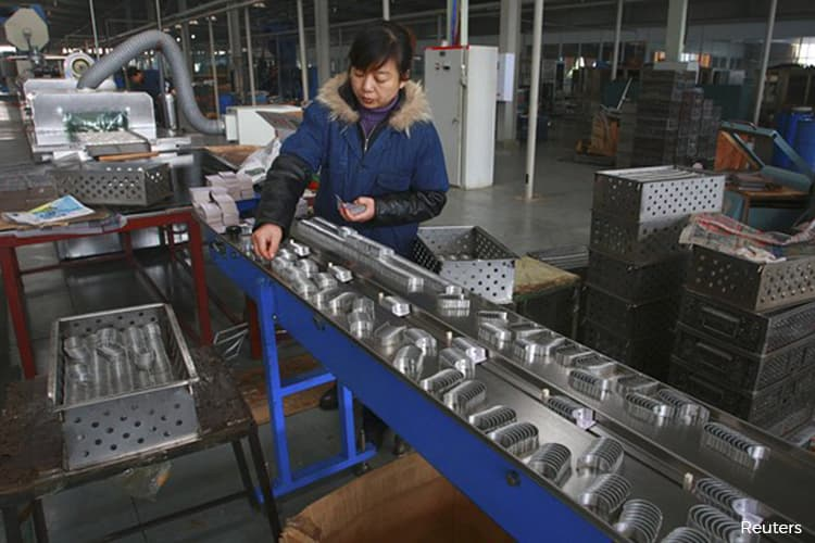 China to roll out measures to maintain stable employment - Xinhua