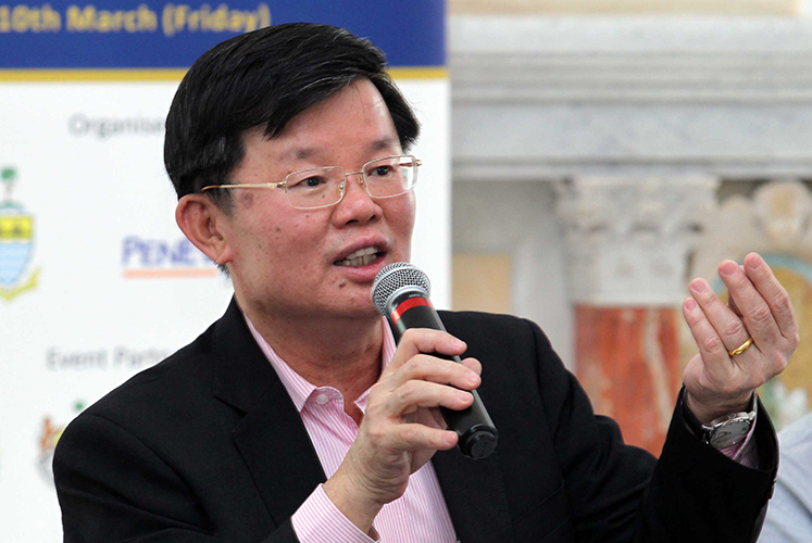 Penang CM orders contractor to investigate cause of road crack, collapse