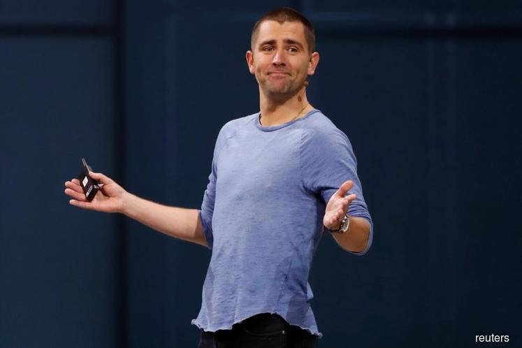 Facebook Says Chief Product Officer Chris Cox to Leave