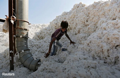 Indian cotton exporters default, delay shipments as prices rally