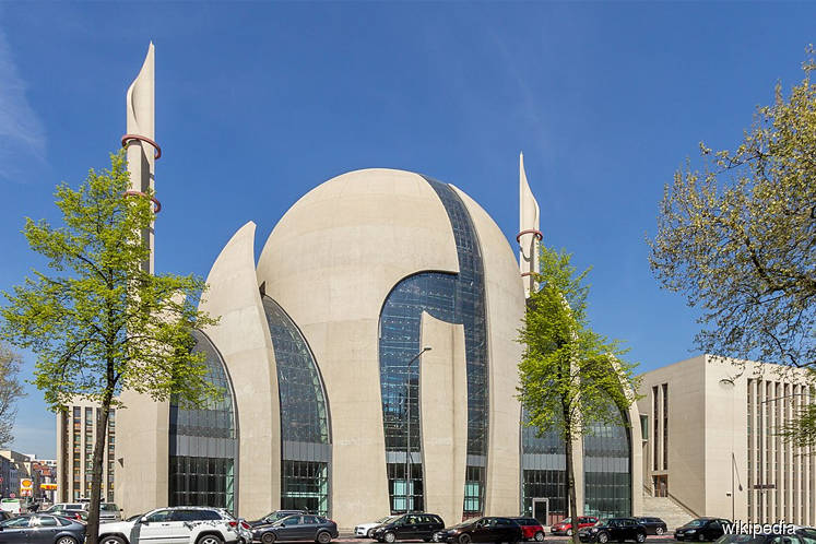 Germany: Mosque evacuated over bomb threat