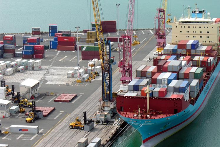 大马2月出口按年跌5.3% 写下2年新低记录