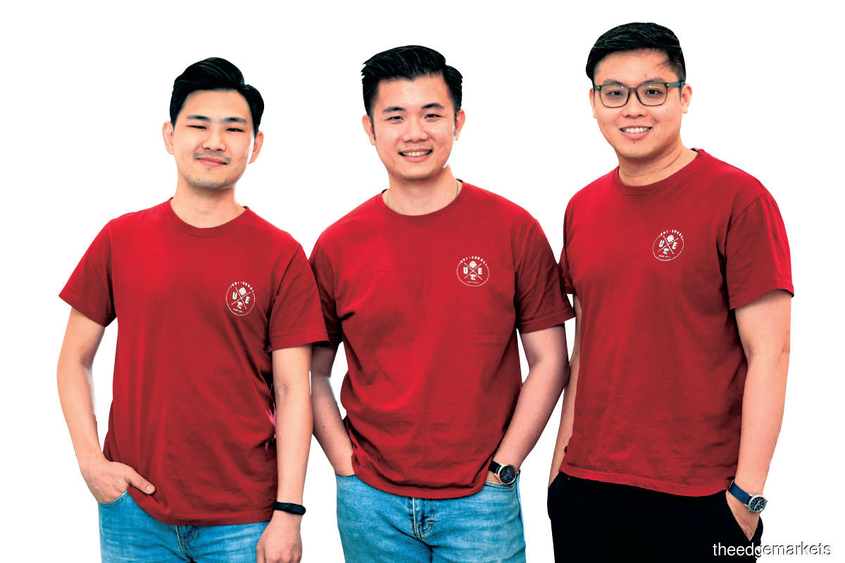 Khaw (centre) with Cheah (left) and Loh: Students don't need to call the schools one by one to find out what scholarships are on offer and whether they qualify