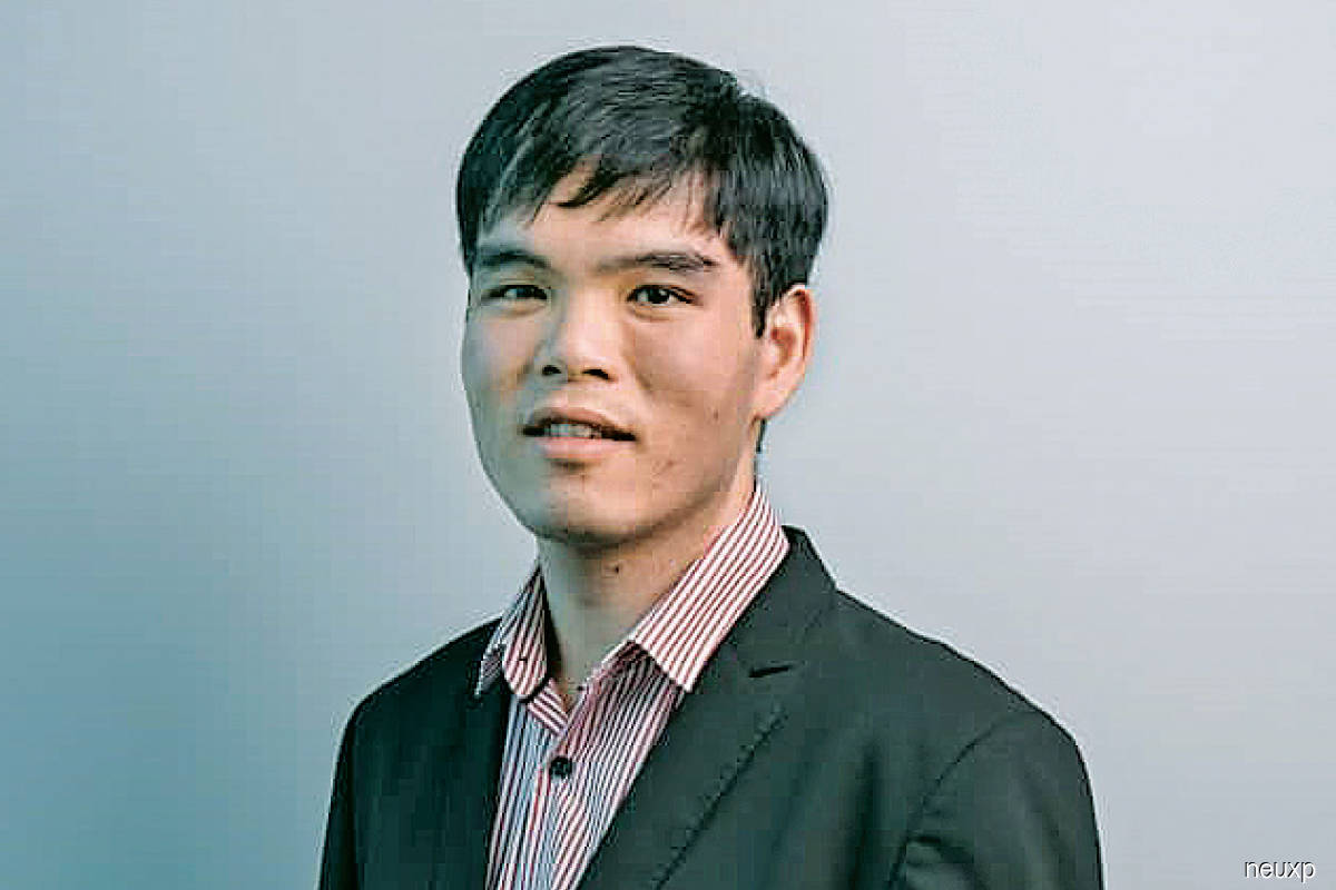 """""""Every step of the business journey in China is taken care of with a few simple clicks, from incorporation to accounting, banking, bookkeeping and legal requirements. Business owners are able to save at least a few weeks or even months of their time."""" - Mah"""