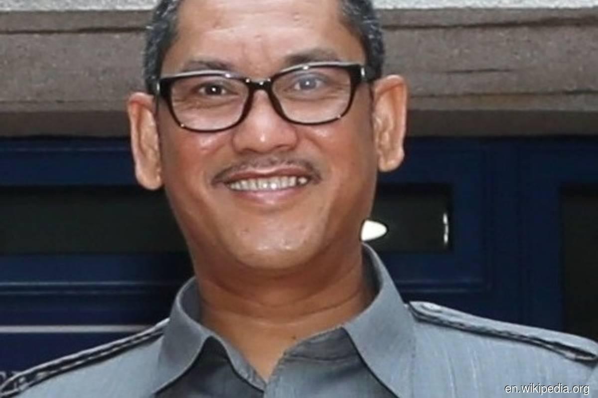 Youth and Sports Minister Datuk Seri Ahmad Faizal Azumu