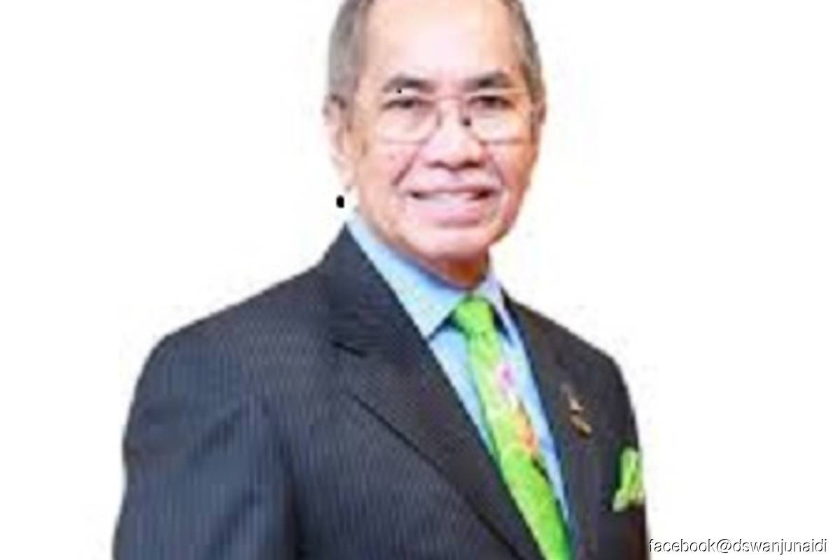 Diverse stakeholders' involvement crucial in carbon emission reduction — Wan Junaidi