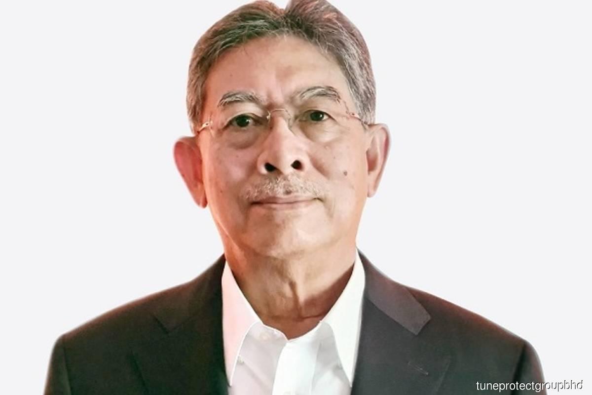 Datuk Mohamed Khadar Merican