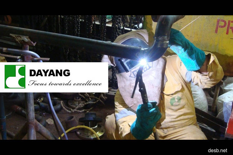 Dayang falls as oil price drop offsets better 1Q results