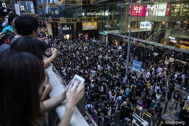 Hong Kong Police Arrest Five as Latest Protest March Turns Tense
