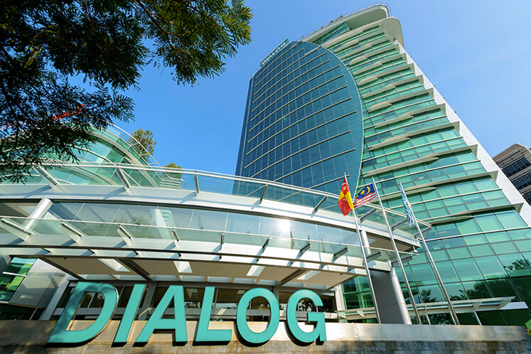 Dialog's Ngau sold 44 million shares in the firm