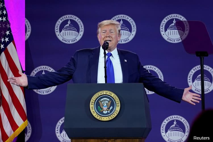 Trump hits Turkey with tariffs, threatens sanctions over Syria incursion