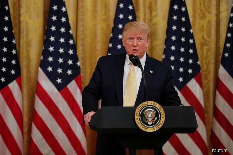 Trump Says He'll Summon Companies After Social Media 'Summit