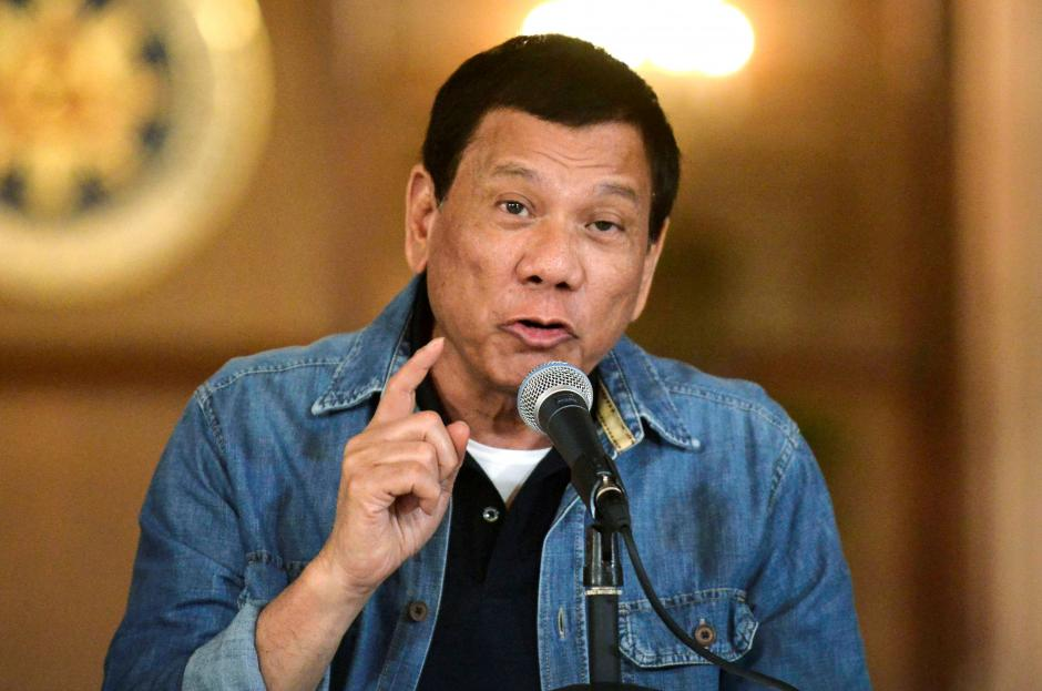 Philippines' Duterte loses patience, orders trash shipped back to Canada